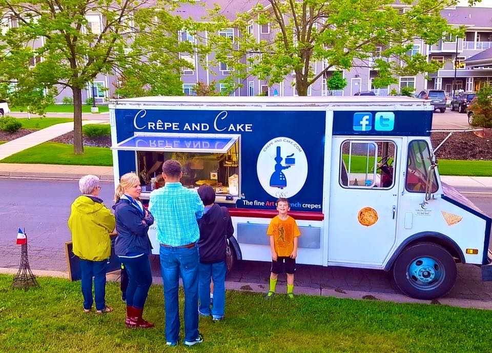 Crepe and Cake food truck
